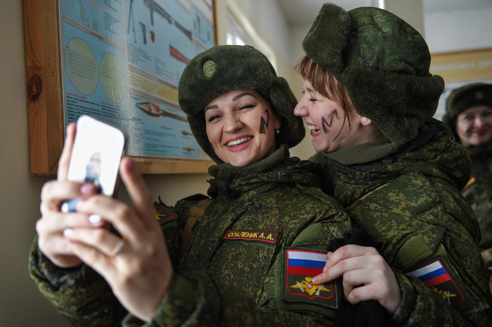 заказать солдат в отпуске картинки того, сорокин