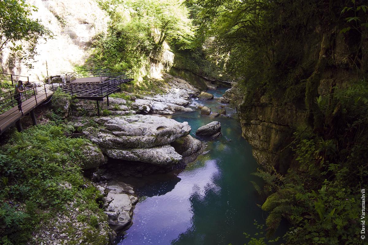 Грузия: Мартвильский каньон. Грузия: Мартвильский каньон. b 117